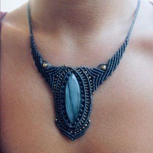 Jewelry - Labradorite macrame necklace
